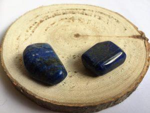 Lapis Lazuli knuffelsteen edelsteentherapie, healing